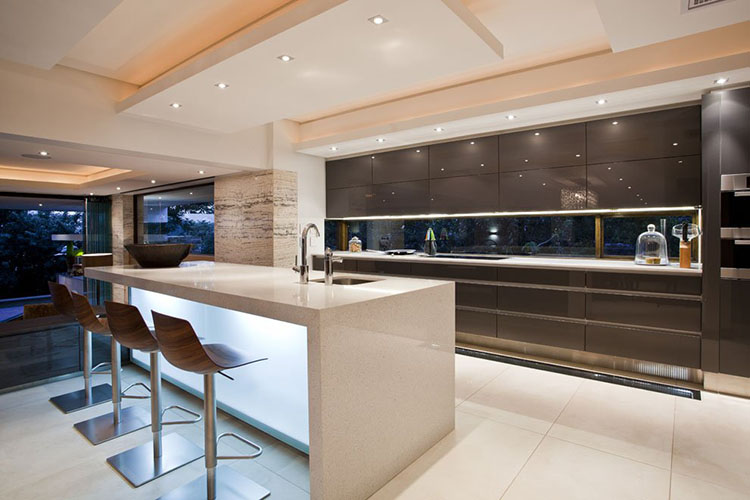 Simple Modern Luxury Kitchen