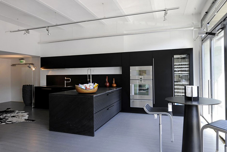 Space optimized Modern Luxury Kitchen