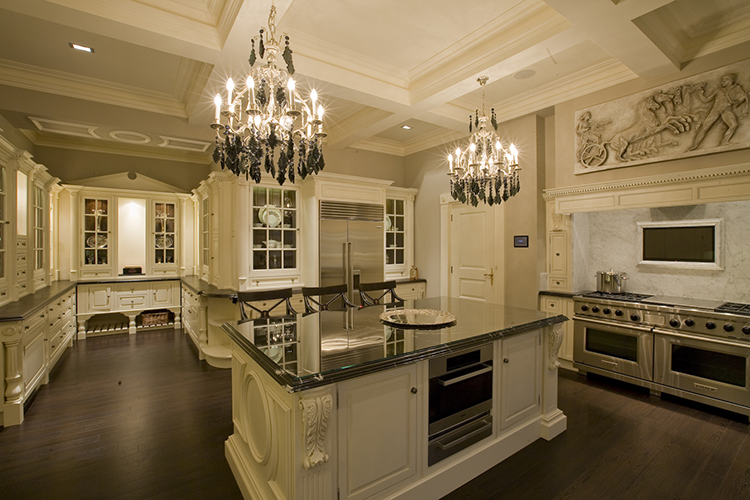 White Luxury Kitchen with chandalers