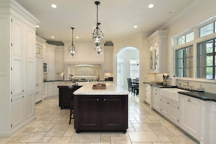 Spacious White Luxury Kitchen