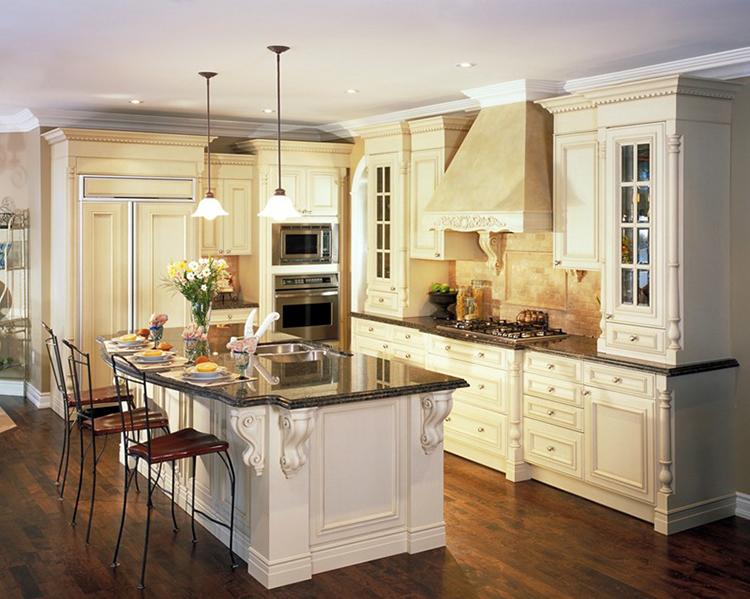 Classic style White Luxury Kitchen
