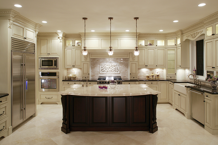 Posh White Luxury Kitchen