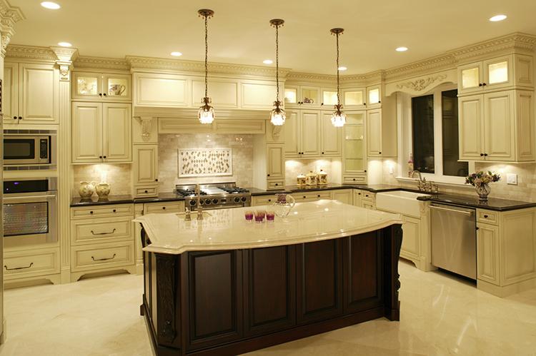 Roomy White Luxury Kitchen