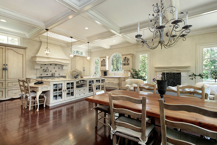 Large Cozy Luxury Kitchen