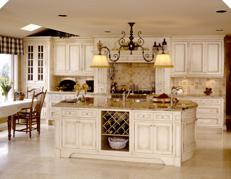 Luxury Kitchen with large island