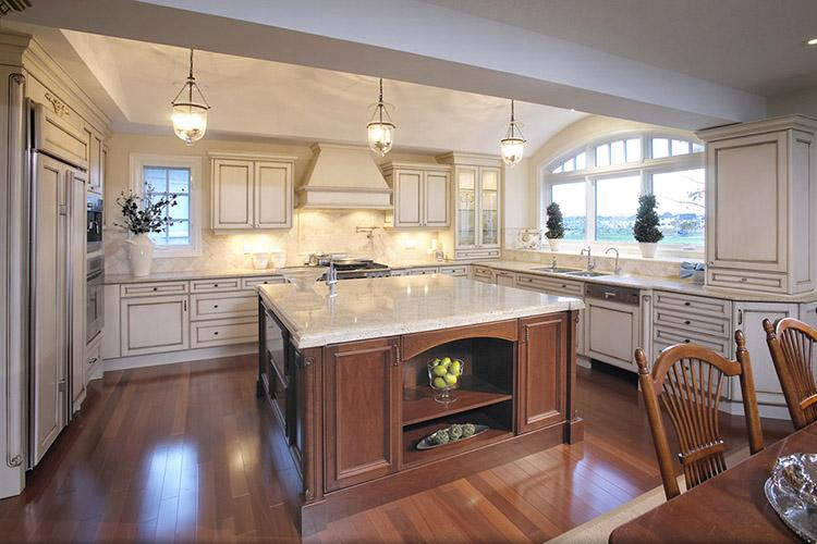 Warm Luxury Kitchen