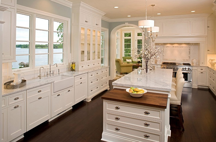 Lakehouse Luxury Kitchen