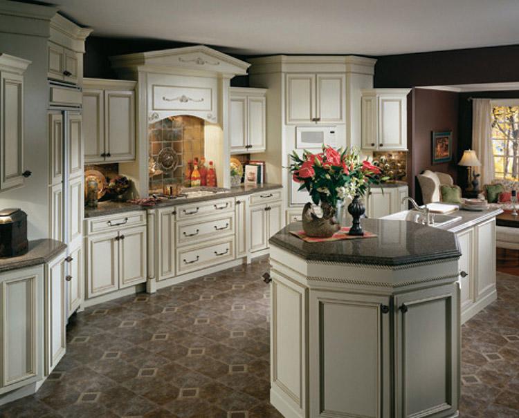 Luxury Kitchen with octogon island