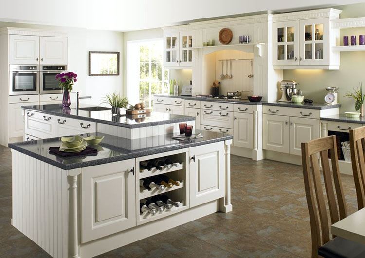 Luxury Kitchen with combined island