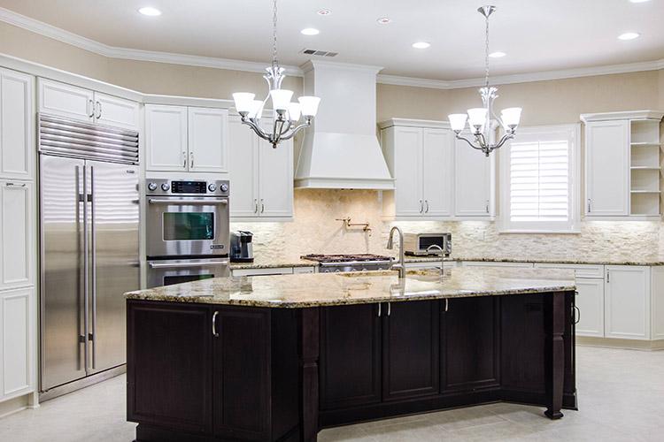 Linear Design Luxury Kitchen