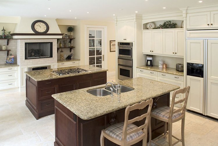 Luxury Kitchen with dual islands