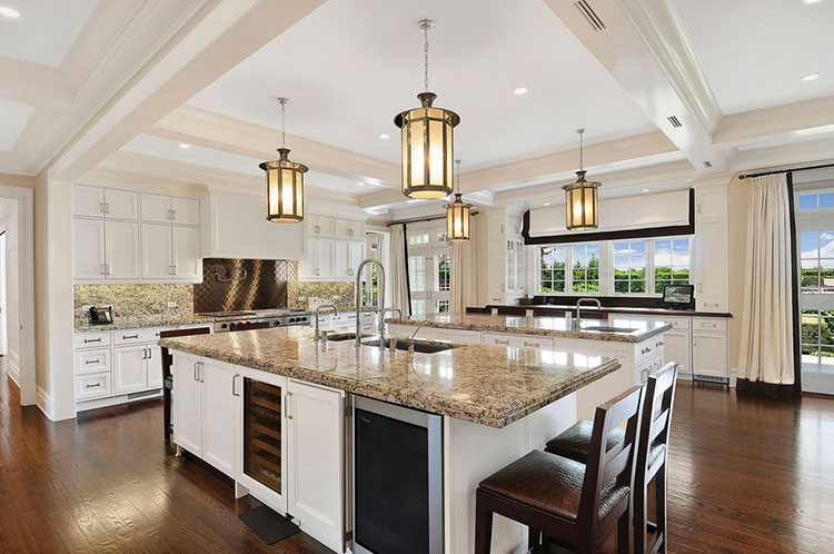 Amazing Luxury Kitchen