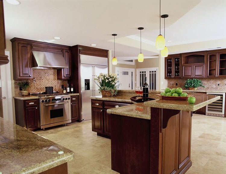 Luxury Kitchen with L-shaped island