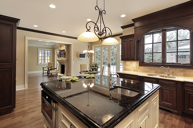 Luxury Kitchen with posh island