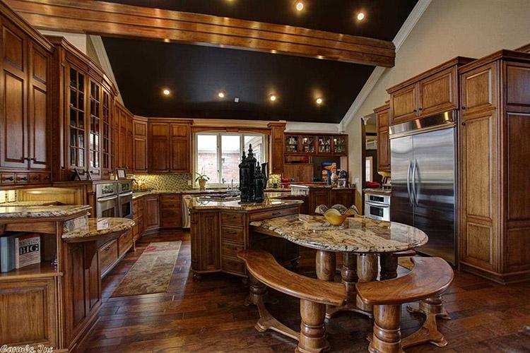 Refined wood Luxury Kitchen