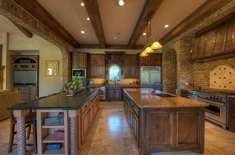 Luxury Kitchen with Two large islands