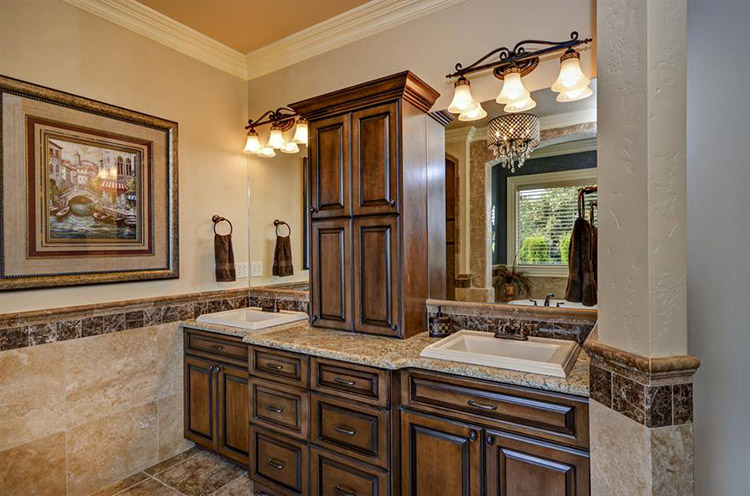 Luxury Bathroom378