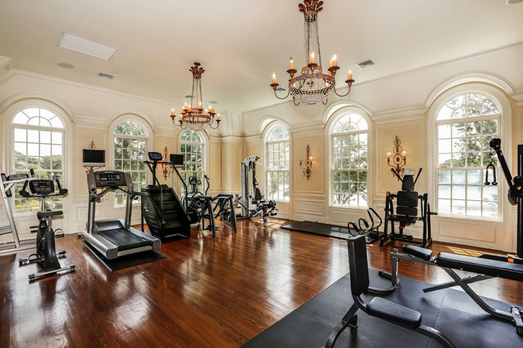 Luxury Gym - LifetimeLuxury001