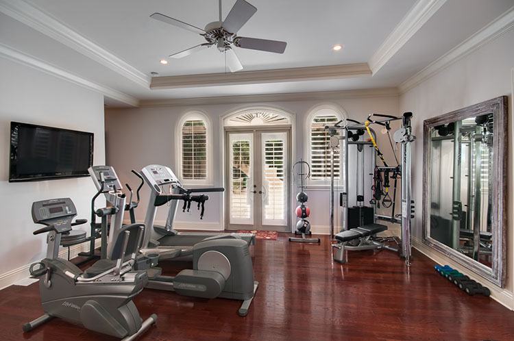 Luxury Gym - LifetimeLuxury013