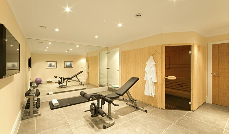 Luxury Gym - LifetimeLuxury044