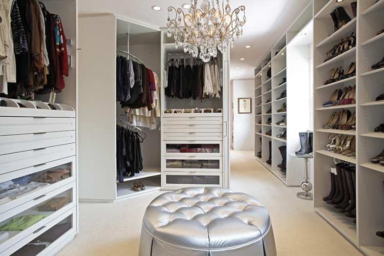 Beau Lifetime Luxury   Luxury Closet Ideas005   Long Corridor With An Initial  Small Room, Big