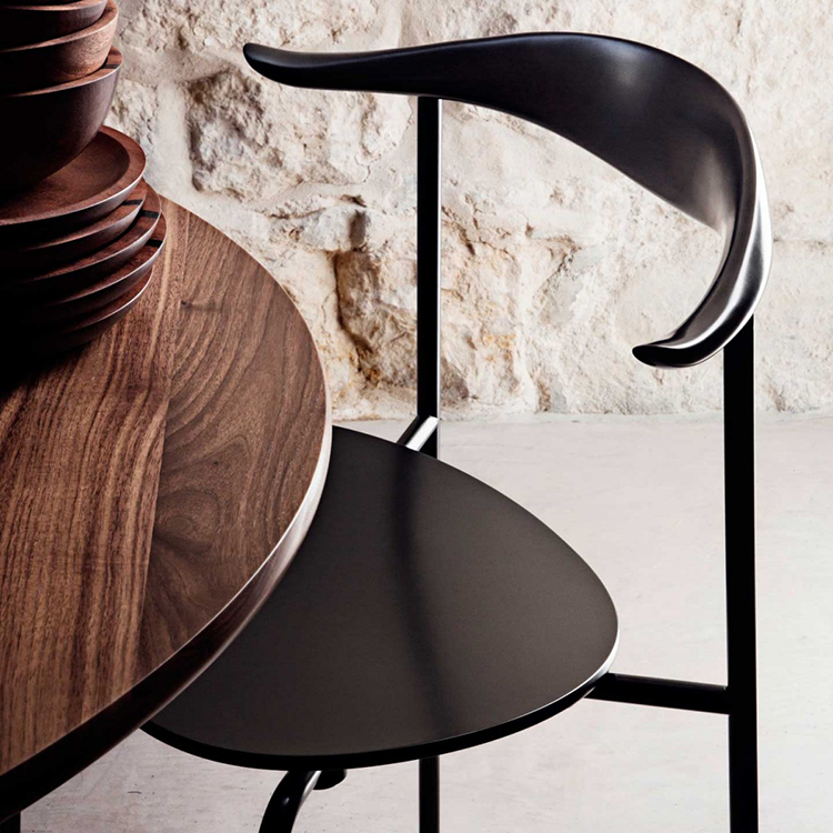 30.Luxury chairs gallery -Hans Wegner Chair CH88 - details